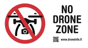 Älä lennätä kopteria täällä – Muumimaailma kieltolistalla
