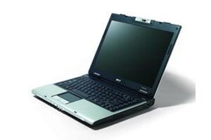 Acer Aspire 3682WXMi (Celeron M 420 / 60 GB / 1280x800 / 512MB / Intel GMA 950)